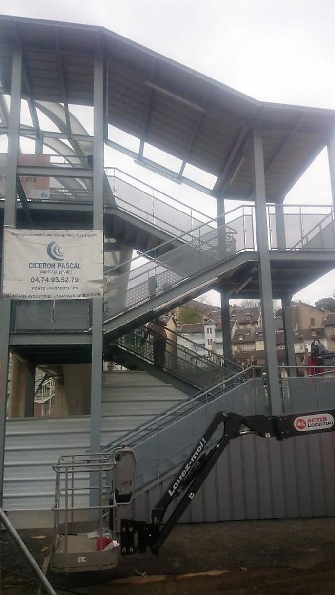 Escalier et Ascenseur provisoire - CHAMBERY (73)